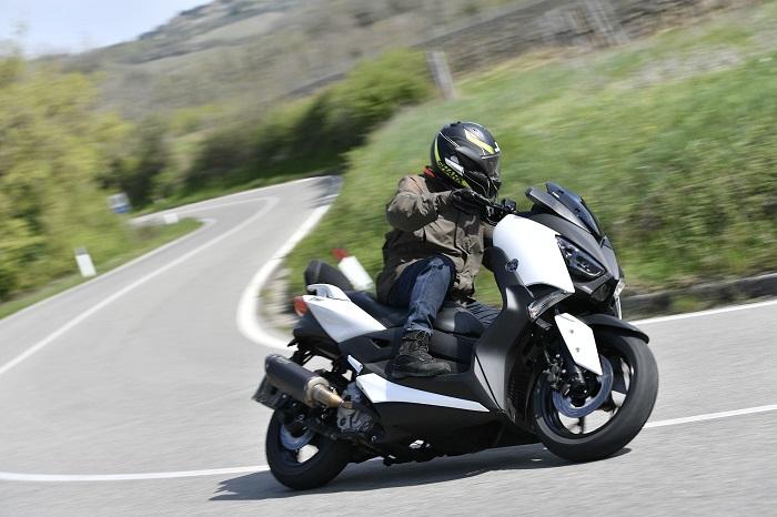 Yamaha Juara Desain Motor Terbaik