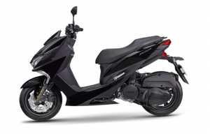 Yamaha Force punya lantai rata, gak seperti Nmax dan Aerox (Yamaha)