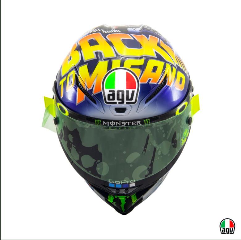 Helm Valentino Rossi untuk Balapan Sore Ini Terinspirasi 'Back To The Future'