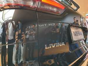 Emblem Xpander diganti dengan Livina