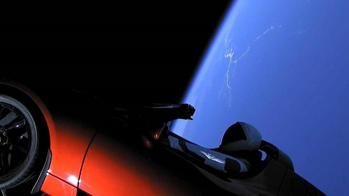 Apa Kabar Tesla Roadster di Antariksa?