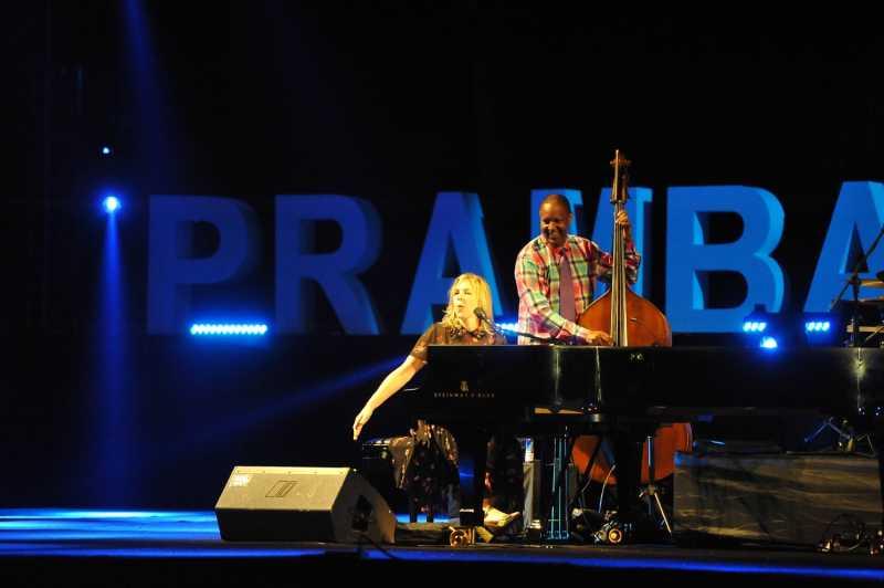 Melihat Pesona Diana Krall di Panggung Prambanan Jazz 2018