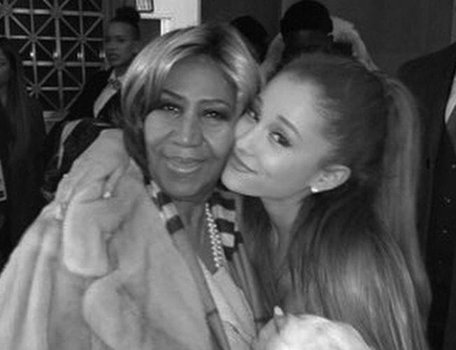 Ariana Grande Tampil pada Pemakaman Aretha Franklin