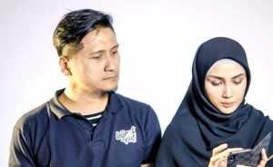 Instagram Arie Untung Diawasi Intel?