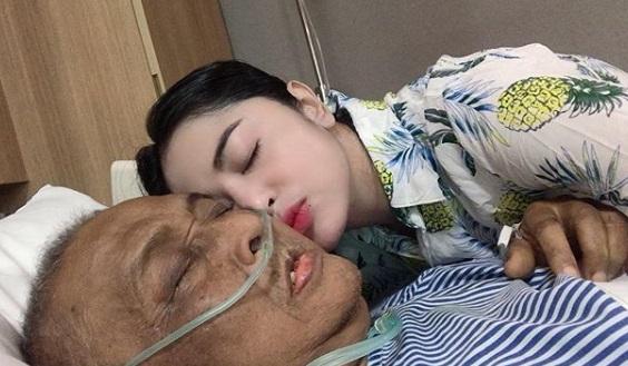 Dewi Perssik: Papi Ingin Meninggal sama Saya