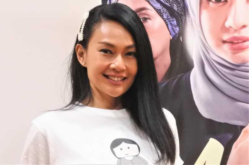 Endhita Sulit Bicara Sunda 'Kasar' di Film 'Ambu'