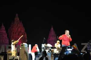 Iwa K tampil di Prambanan Jazz 2018