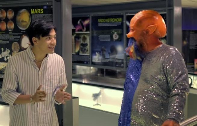 Jefri Nichol Bertemu Alien di Planetarium