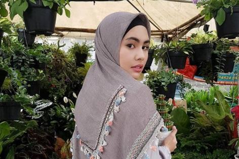 Pakai Niqab di Bandara, Kartika Putri Syok Tas dan Tubuh Diperiksa