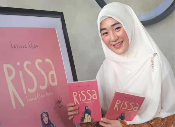 Larissa Chou Ungkap Alasan Jadi Mualaf Lewat Buku 'Rissa'