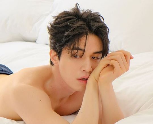 Alasan Lee Dong Wook Main di Thriller Misteri 'Strangers From Hell'