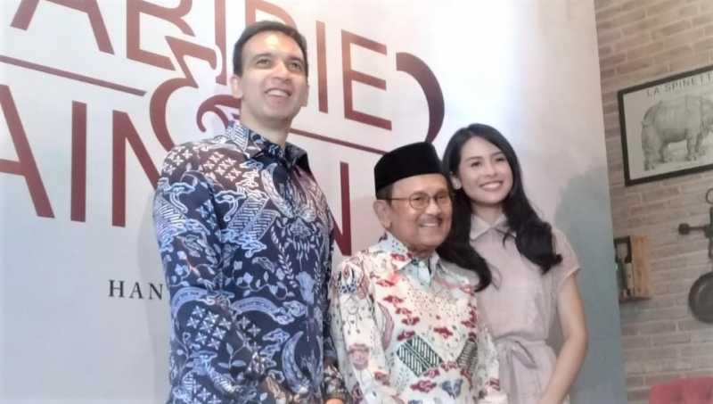 BJ Habibie Rayakan Ultah Pernikahan Meski Ainun Telah Tiada