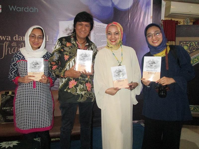 Marissa Haque Luncurkan Buku 'Jawa dan Halal di Thailand'