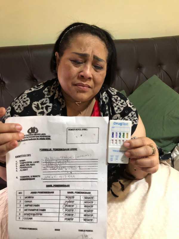 Kronologi Nunung Srimulat dan Suami Ditangkap Kasus Narkoba