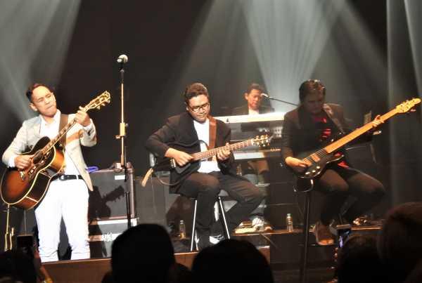 Konser Jikustik Reunian di Jakarta, Bicara SO7 hingga Sindir d'Masiv