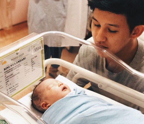 Lucunya Nord Kiano Julian, Anak Pertama Rinni Wulandari dan Kevin Julian