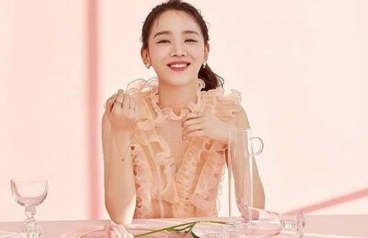Shin Hye Sun - Yang Se Jong Jadi Pasangan dalam 'I'm 30 But 17'