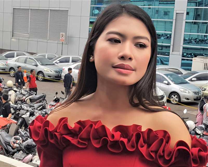 Vanessa Angel Trauma Sama Kota Surabaya