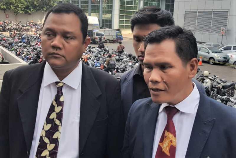 Nikita Mirzani Resmi Dilaporkan Pengacara Galih Ginanjar