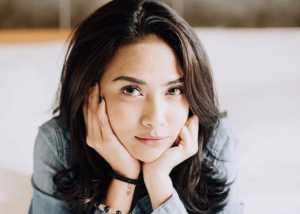 Jalani Sidang, Vanessa Angel Pakai Hijab Pemberian sang Mantan