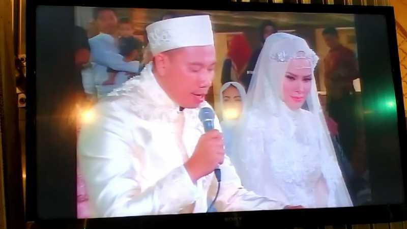 Resmi Menikah di Depan Penghulu KUA, Vicky Prasetyo Beri Angel Lelga Berlian 5,29 Karat