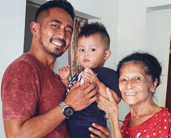 Ibunda Yama Carlos Meninggal Dunia