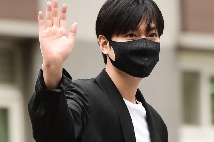 Lee Min Ho Selesai Wamil, Penggemar Heboh Sampai Bikin #Welcomebackleeminho