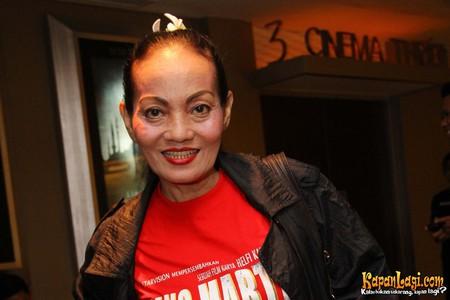 Aktris Senior Titi Qadarsih Meninggal Dunia