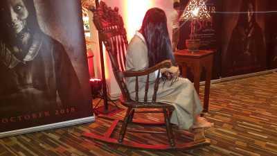 <i>Creepy</i> Banget, Hantu Asih Gentayangan di Gala Premiere 'Asih'