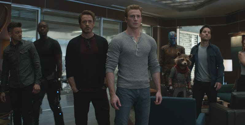 5 Alasan Avengers 5 Gak Mungkin Digarap ke Layar Lebar
