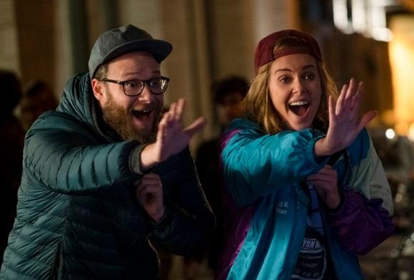 Resensi Film 'Long Shot': Komedi Cerdas dengan Latar Politik AS