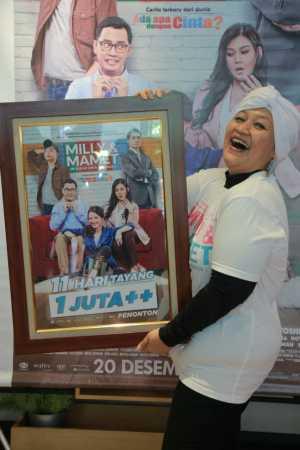 Syukuran film Milly & Mamet meraih 1 juta penonton di Hong Kong Cafe, Jakarta Pusat, Senin (31/12/2018).