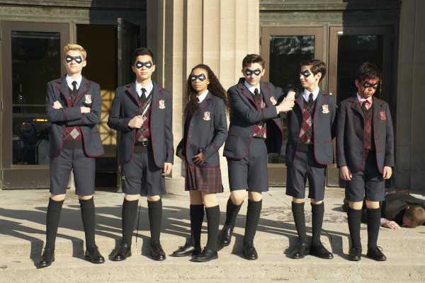 Rekomendasi Serial Netflix: The Umbrella Academy