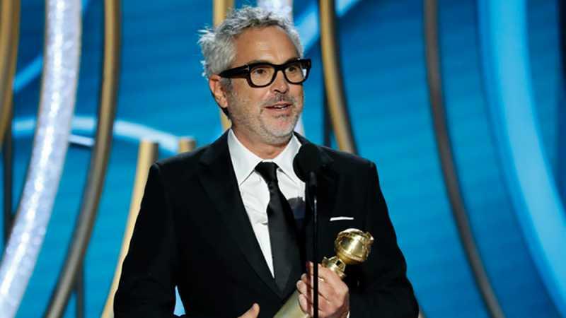 Berkat Film 'Roma', Sineas Meksiko ini Bawa Pulang 2 Piala Golden Globe