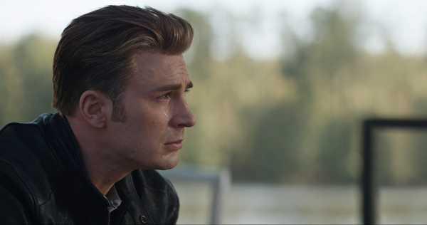 Bos Marvel: Nonton 'Avengers: Endgame' Jangan Lupa Bawa Tisu!