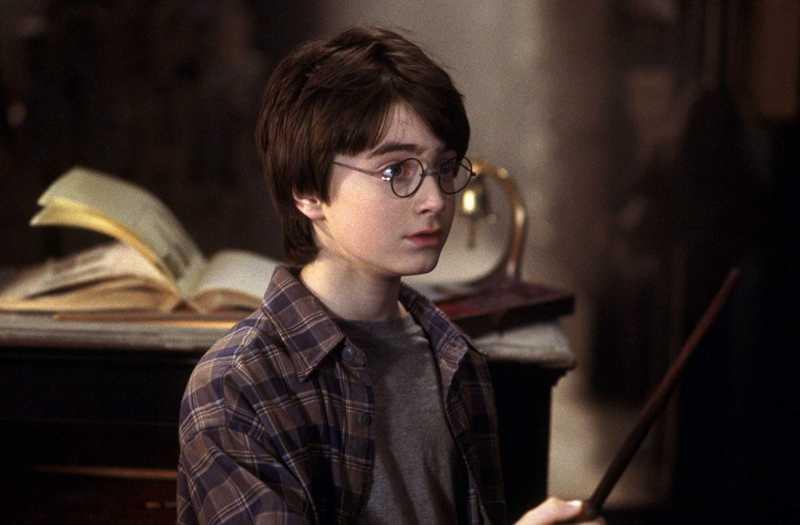 <i>Throwback Movie</i>: Nostalgia Dunia Magis 'Harry Potter and the Sorcerer's Stone'