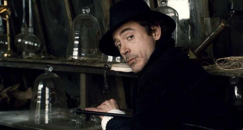 Sang 'Iron Man' Akan Kembali Menjelma Menjadi Sherlock Holmes