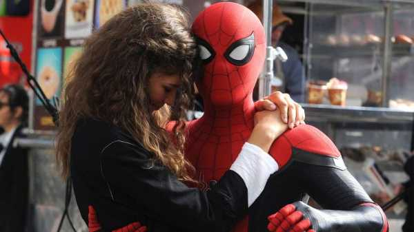 Trailer 'Spider-Man: Far From Home' Dirilis, <i>Buaaanyak</i> Kejutan!