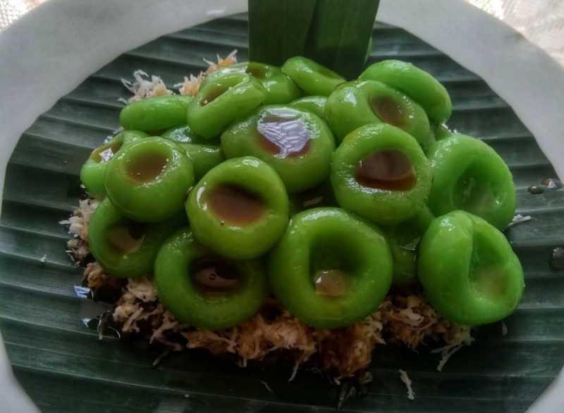 <i>Yum!</i> Ini 5 Kue Basah Khas Kutai Kartanegara, Calon Ibu Kota Indonesia