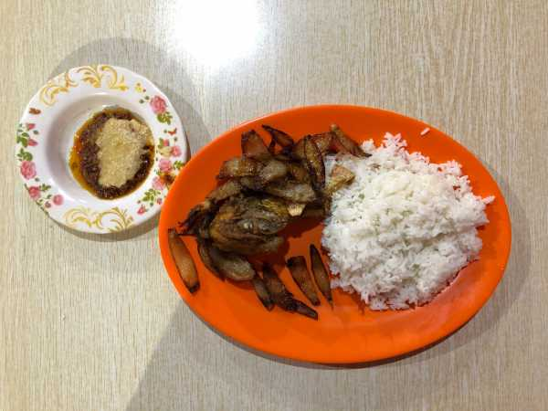 Kuliner Akhir Pekan: Ayam Afrika, Jajanan untuk Tanggal Tua