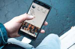Media Sosial Lebih Berefek Buruk ke Cewek, Kenapa?