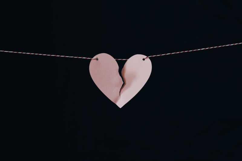 Mengapa Kamu Perlu Segera Move On Setelah Putus Cinta?