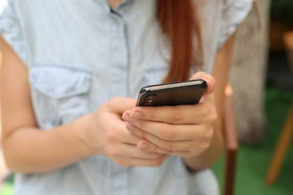 5 Dampak Buruk Akibat Sering Pakai <i>Smartphone</i>