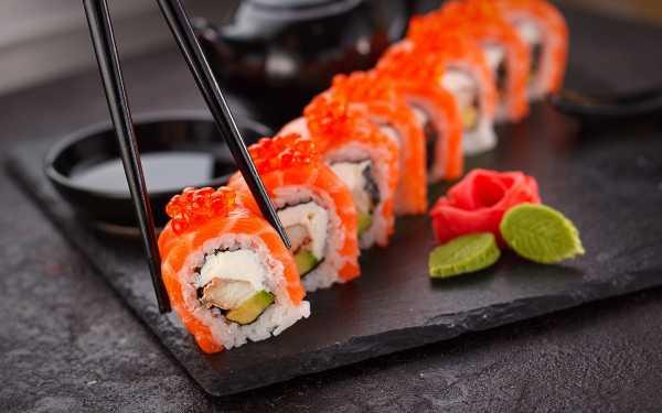 Sushi, Makanan Kekinian yang Bisa Memicu Penyakit Serius