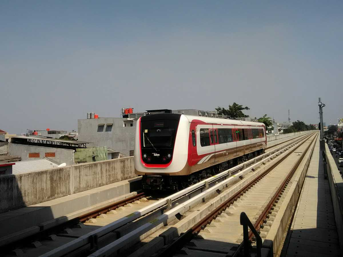 <i>Cihuy</i>, LRT Jabodetabek Bisa Jalan Sendiri Tanpa Masinis