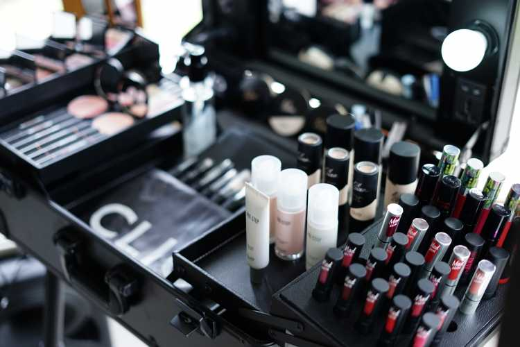 Makeup Korea Menginspirasi Kecantikan Wanita Indonesia