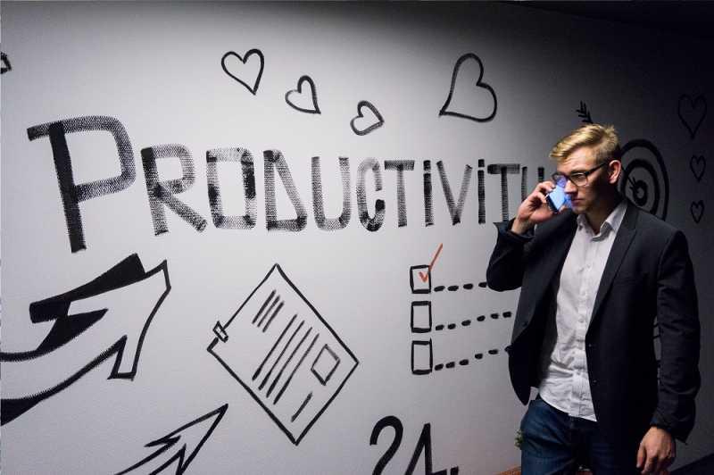 Biar Masa Muda Kamu Sukses: Kerja Keras Dulu, Santai Kemudian
