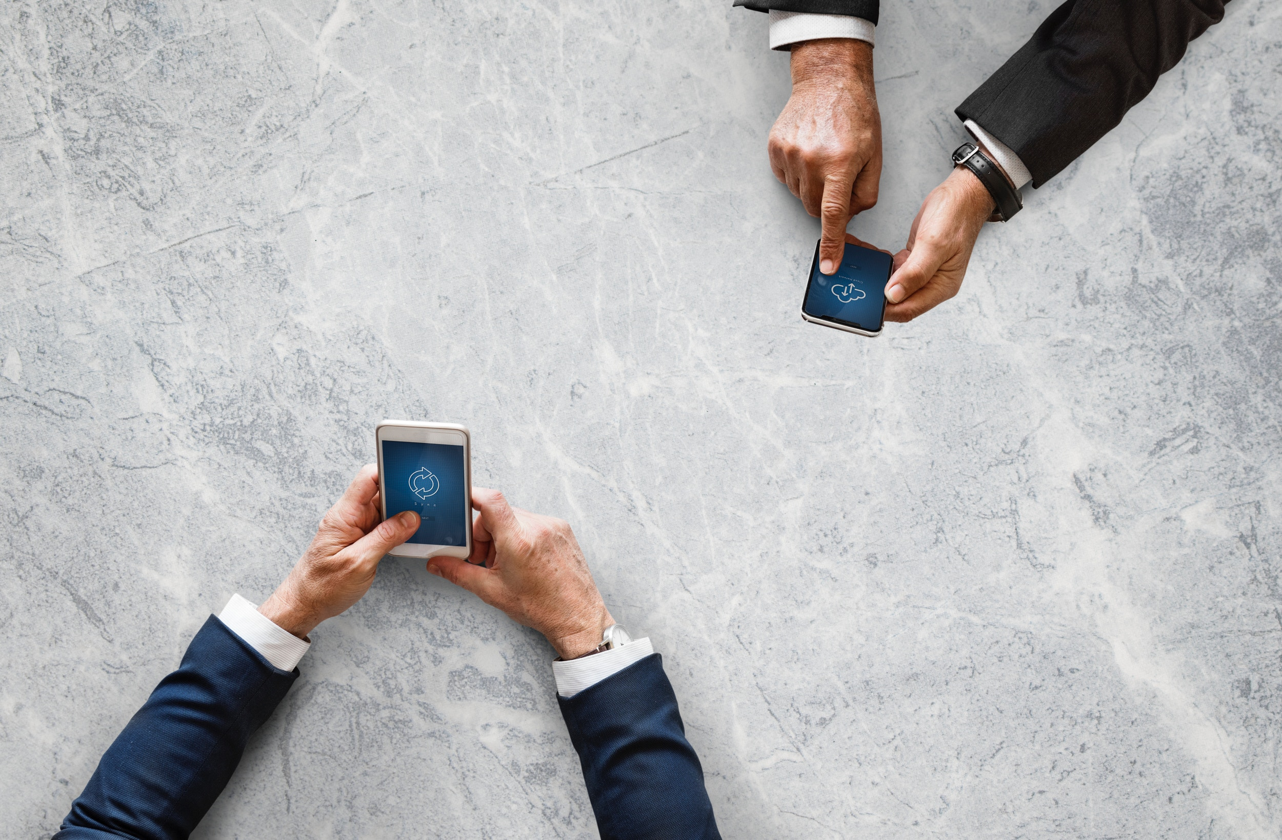 Tips <i>Nambah</i> Uang Jajan dengan Bisnis <i>Online</i>