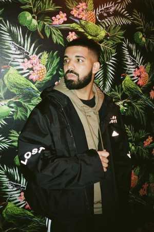 Secara Global, Lagu Drake Paling Banyak Didengarkan di Spotify pada 2018