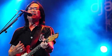 Mengenang Yon, Vokalis Legendaris Koes Plus yang Berpulang